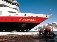 antarctica cruise polarcirkel boats