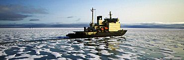 Capitan Dranitsyn Antarctica cruise ship: Quark Expedition